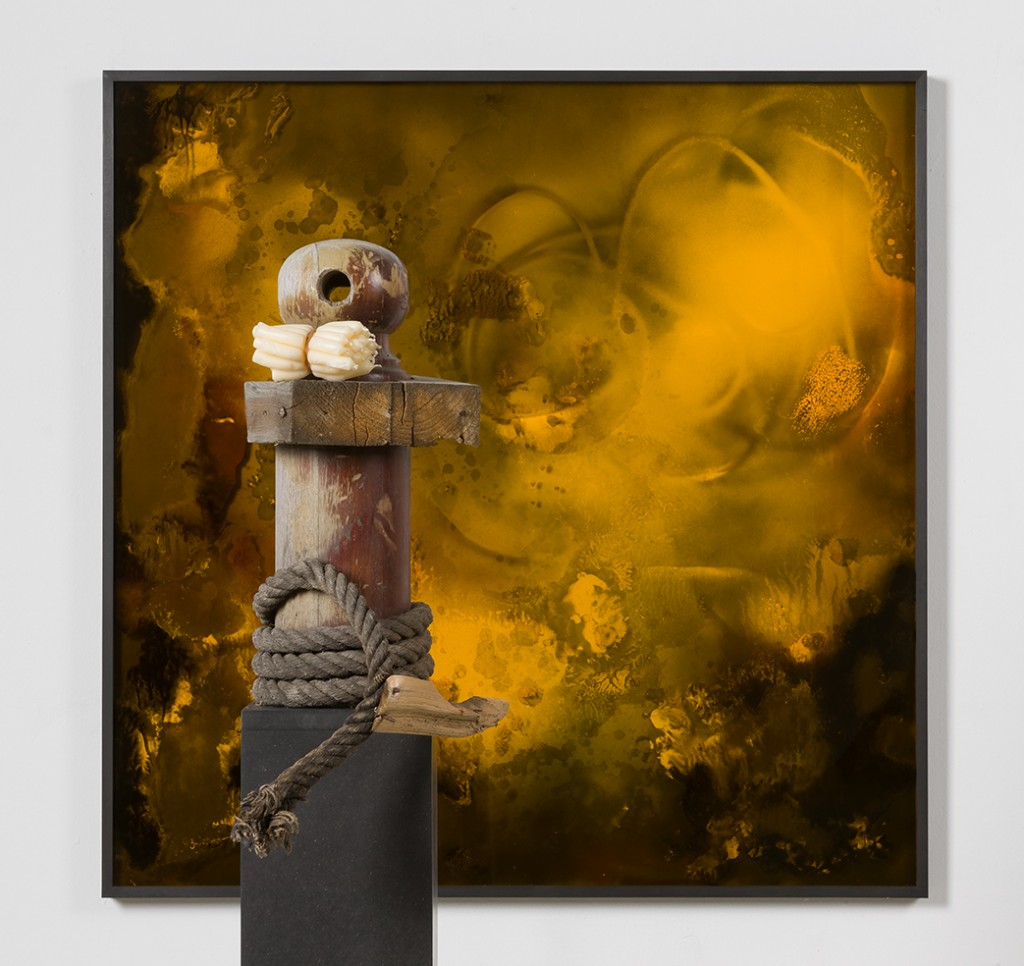 Bettina Scholz: O.T. (Y2) with object, spray paint on acrylic glass, wood, wax, 2016