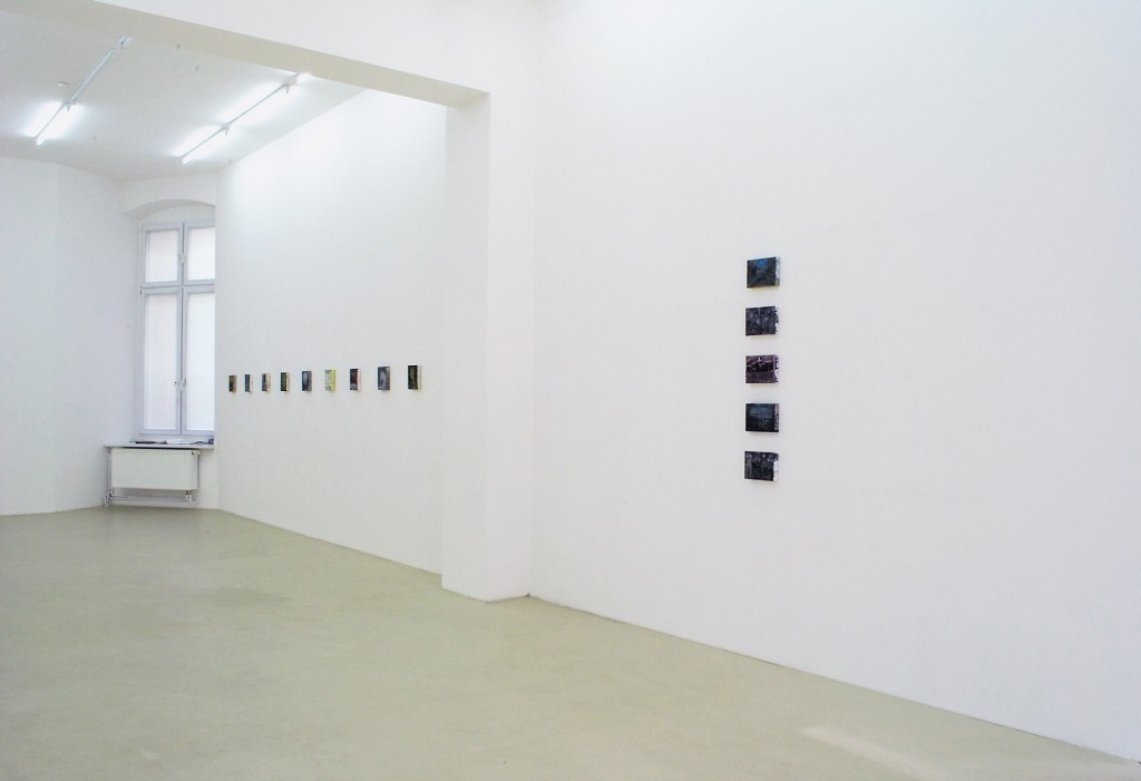 Bettina Scholz: installation view, solo exhibition: 20×15×3,5 at Galerie M+R Fricke, Berlin, 2012