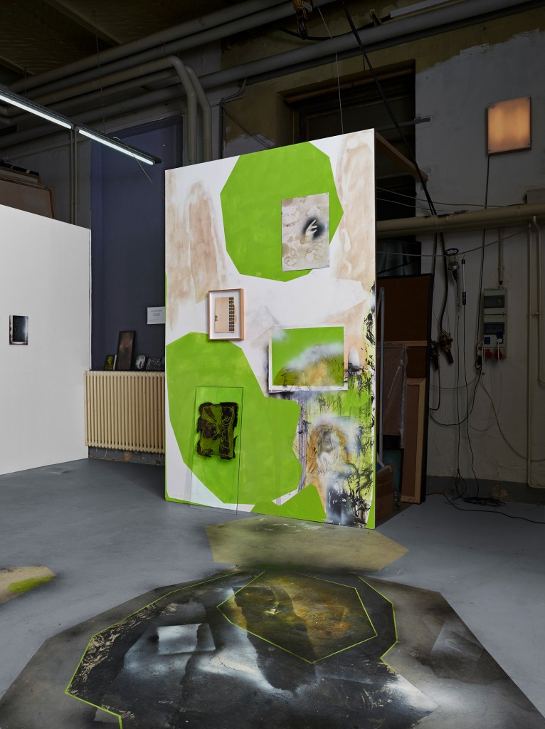 Bettina Scholz: studio view, wall painting, Uferhallen, Berlin, 2013, photo: Matthias Kolb