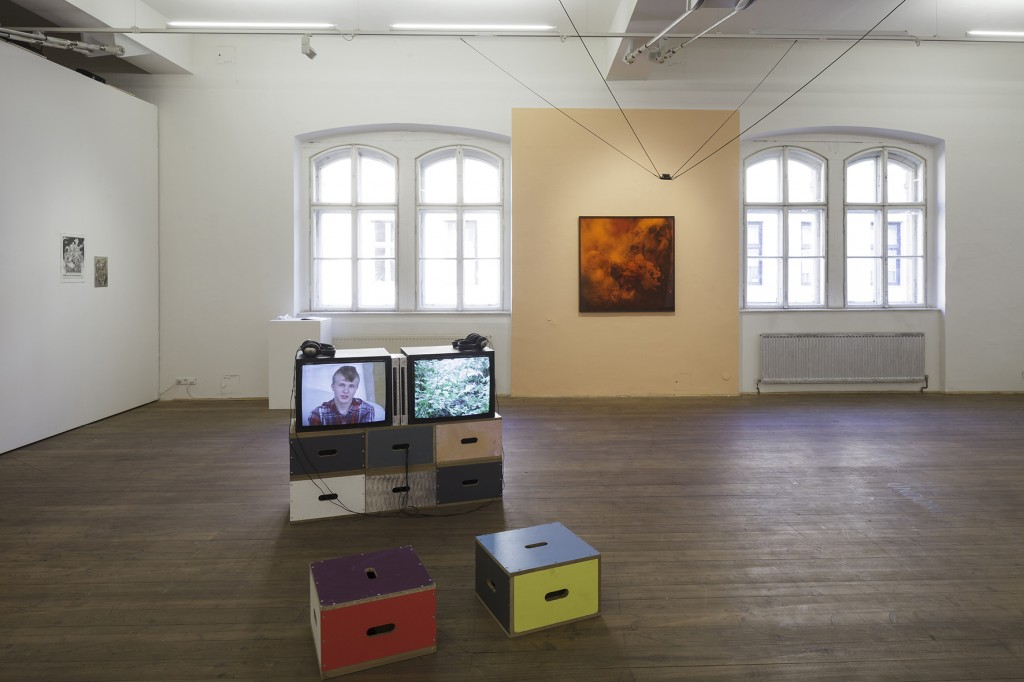 Bettina Scholz: Antenna Futura, conceived and curated by Bettina Scholz, Claudia, Dorfmüller und Lola Göller, Kunsthalle Exnergasse, Vienna 2016, photo: Wolfgang Thaler